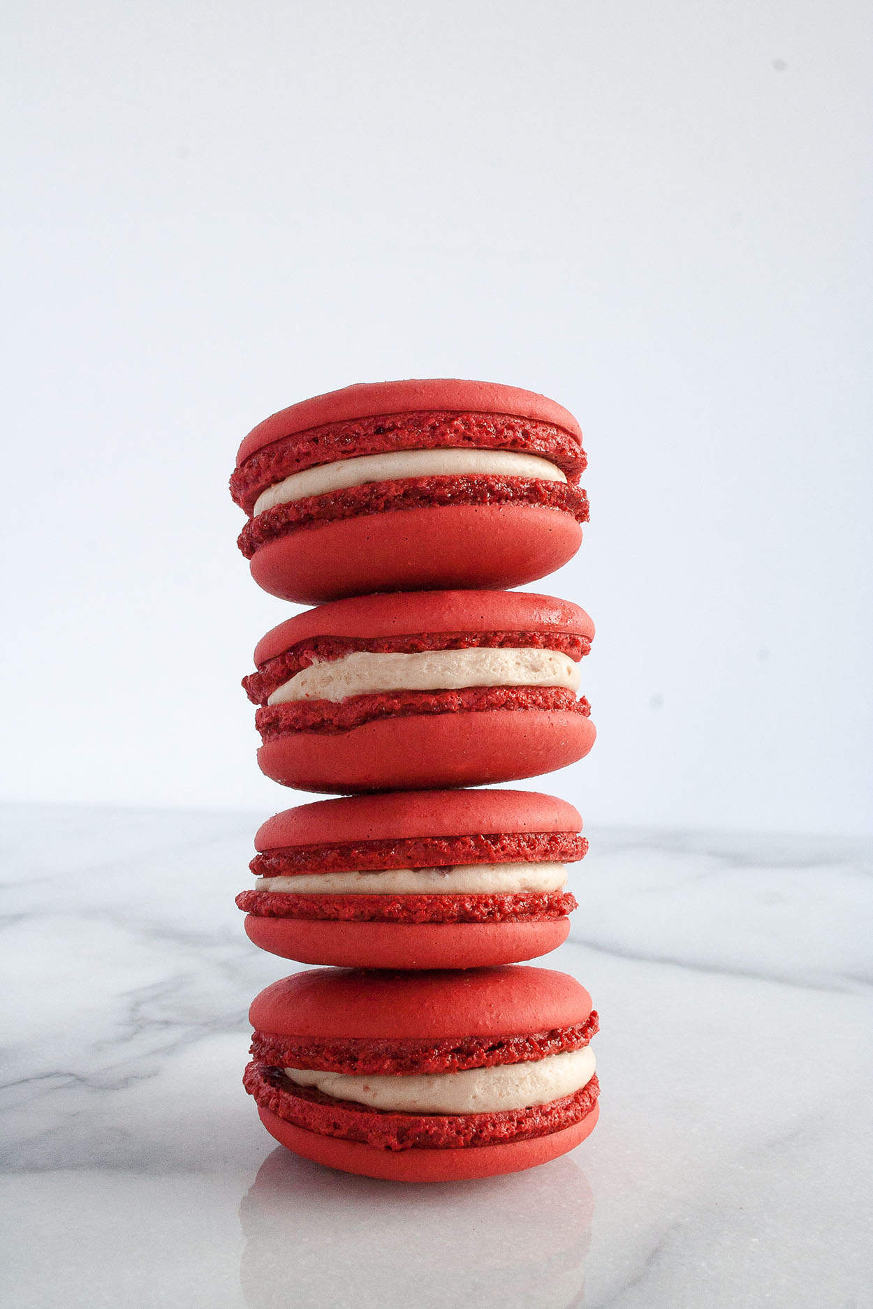 How to Make French Macarons with Velvet Dessert | cookie, recipe, easy, filling, classic, tips, tricks | hungrybynature.com
