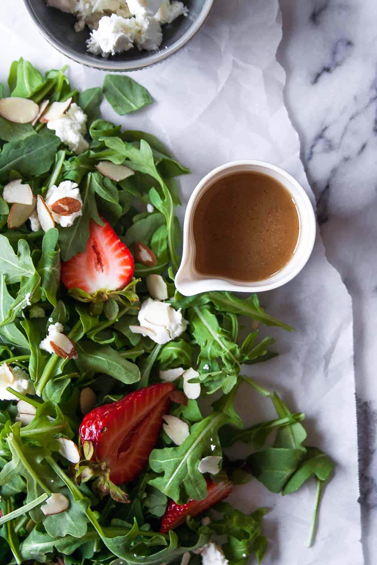 Strawberry Goat Cheese Salad with Green Goddess Vinaigrette | #dressing #almonds #arugula #summer #recipe #BBQ #goatcheese #paleo | www.hungrybynature.com